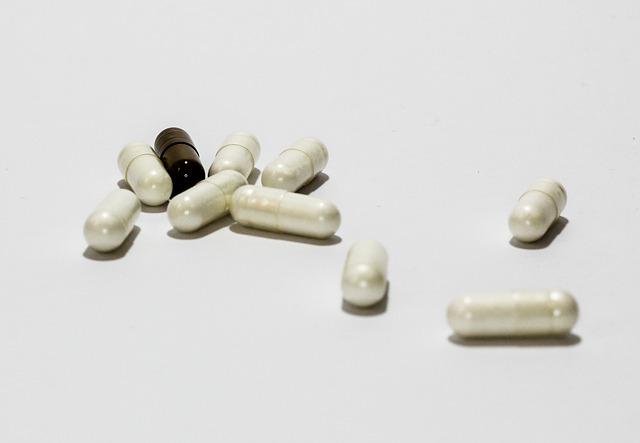 Alle info over medicijnen. Zoals de bijwerkingen. Informatie over reisen met Alprazolam, Desloratadine, Lorazepam, Temazepam, Venlafaxine, Quetiapine.